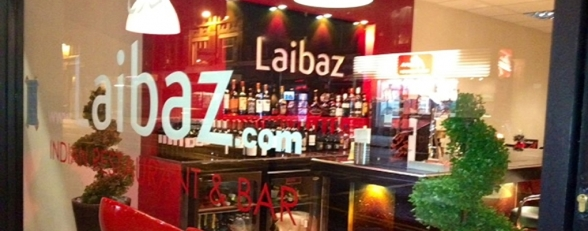 Laibaz Indian Restaurant & Takeaway - view of bar